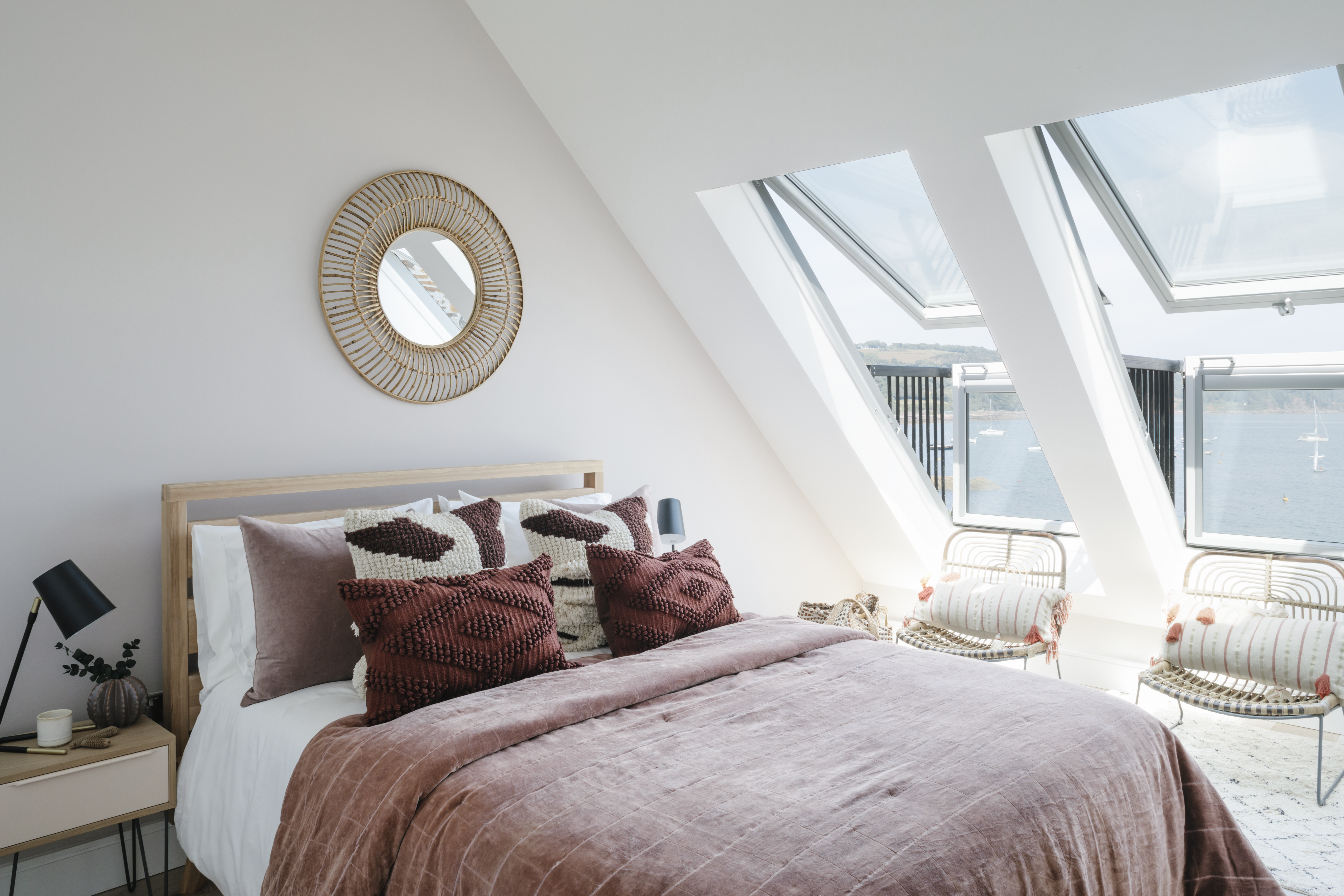 Bedroom with a view, Cawsand
