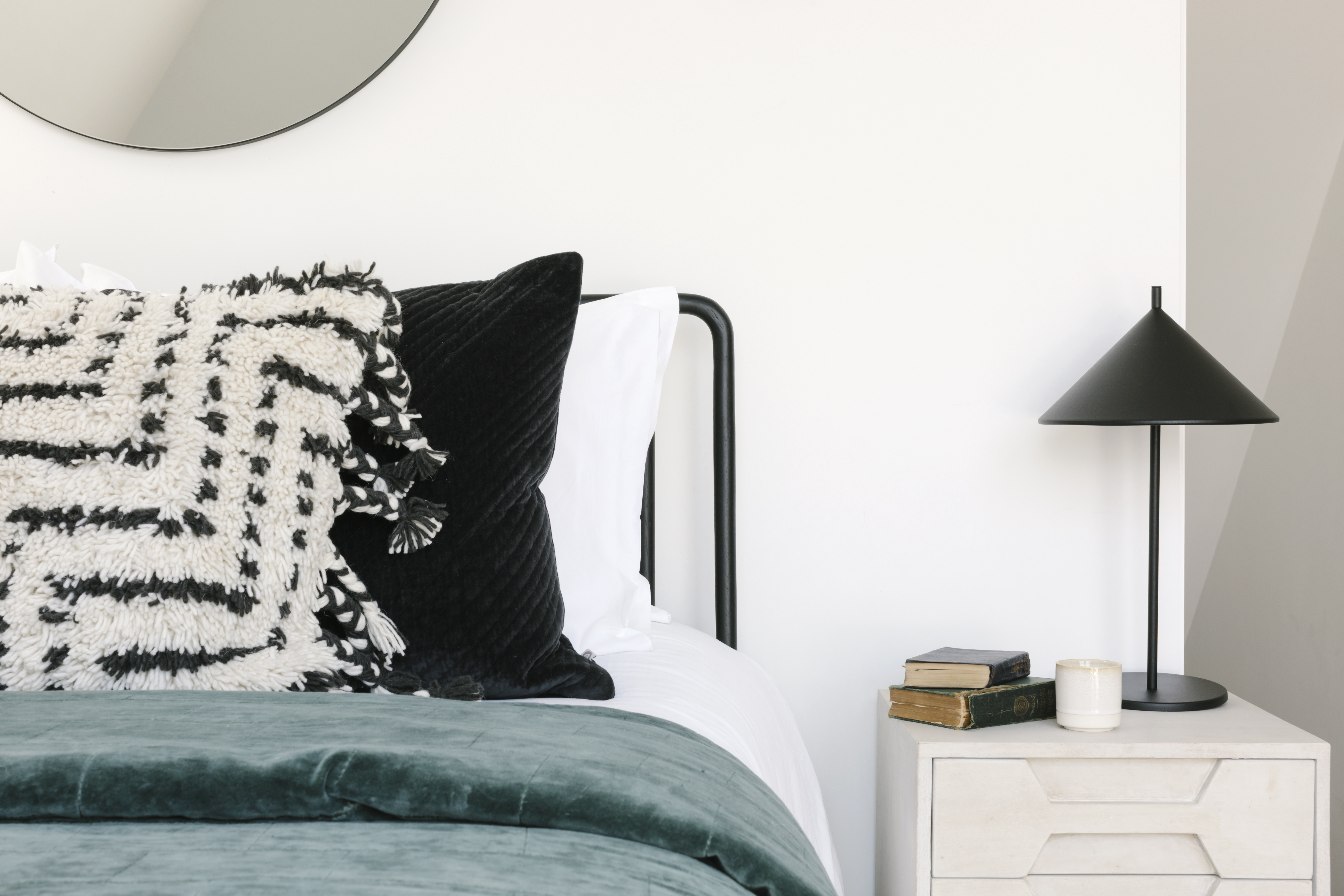 Bedroom styling, Cawsand