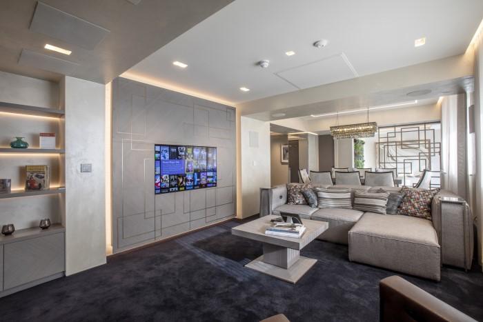 Lounge Control4