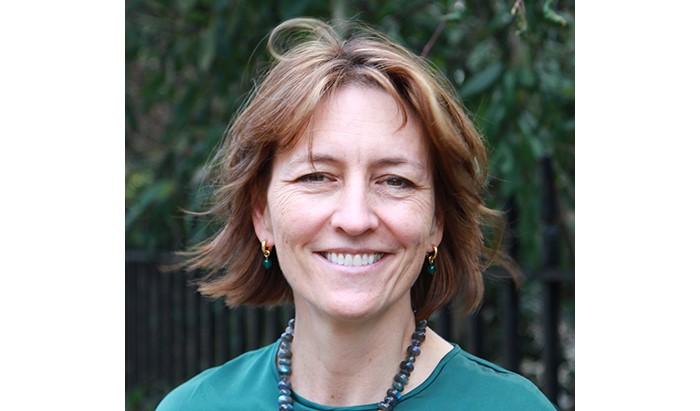 head shot of speaker Melanie Gibson