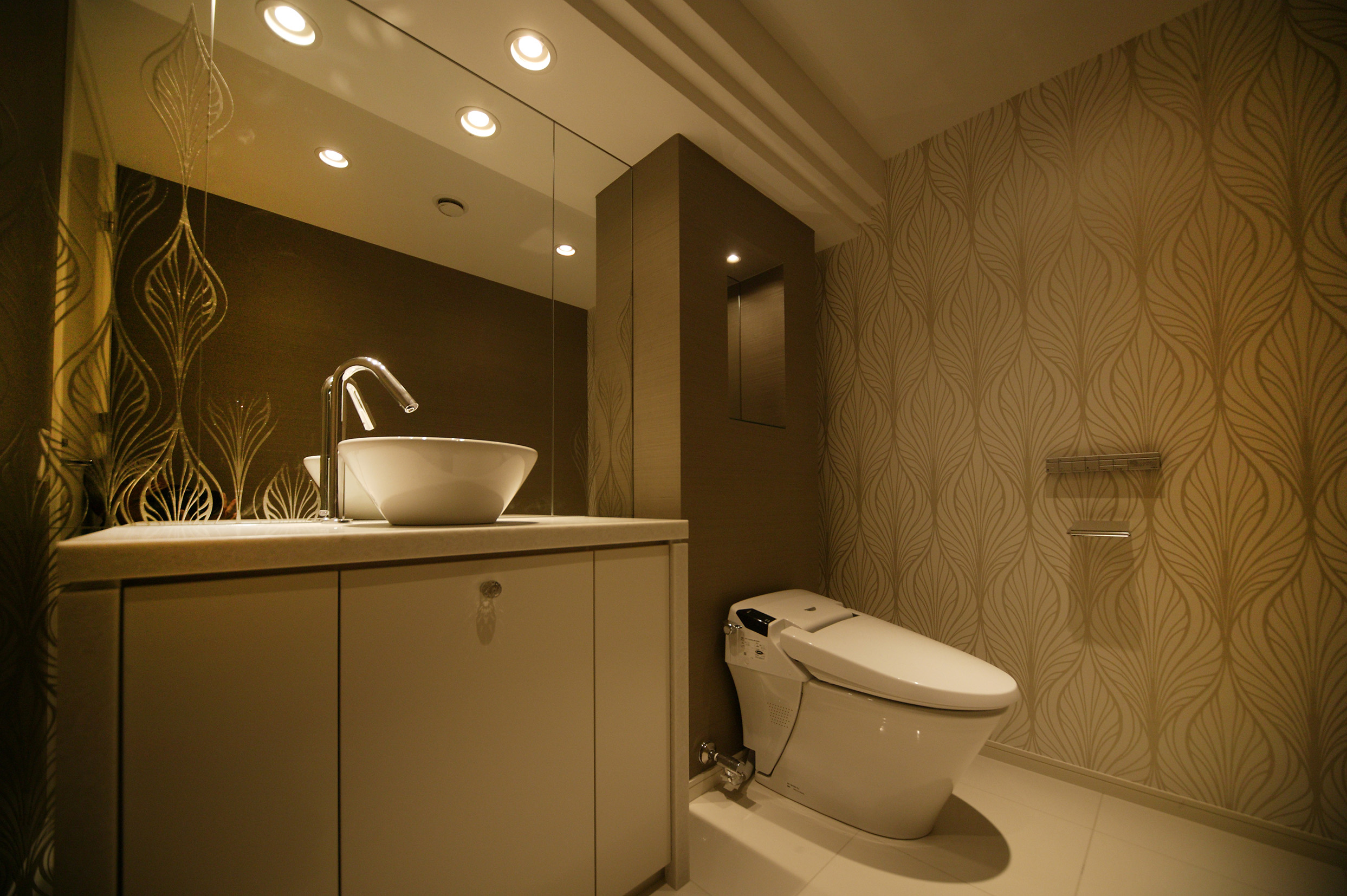 Washroom, etched glass