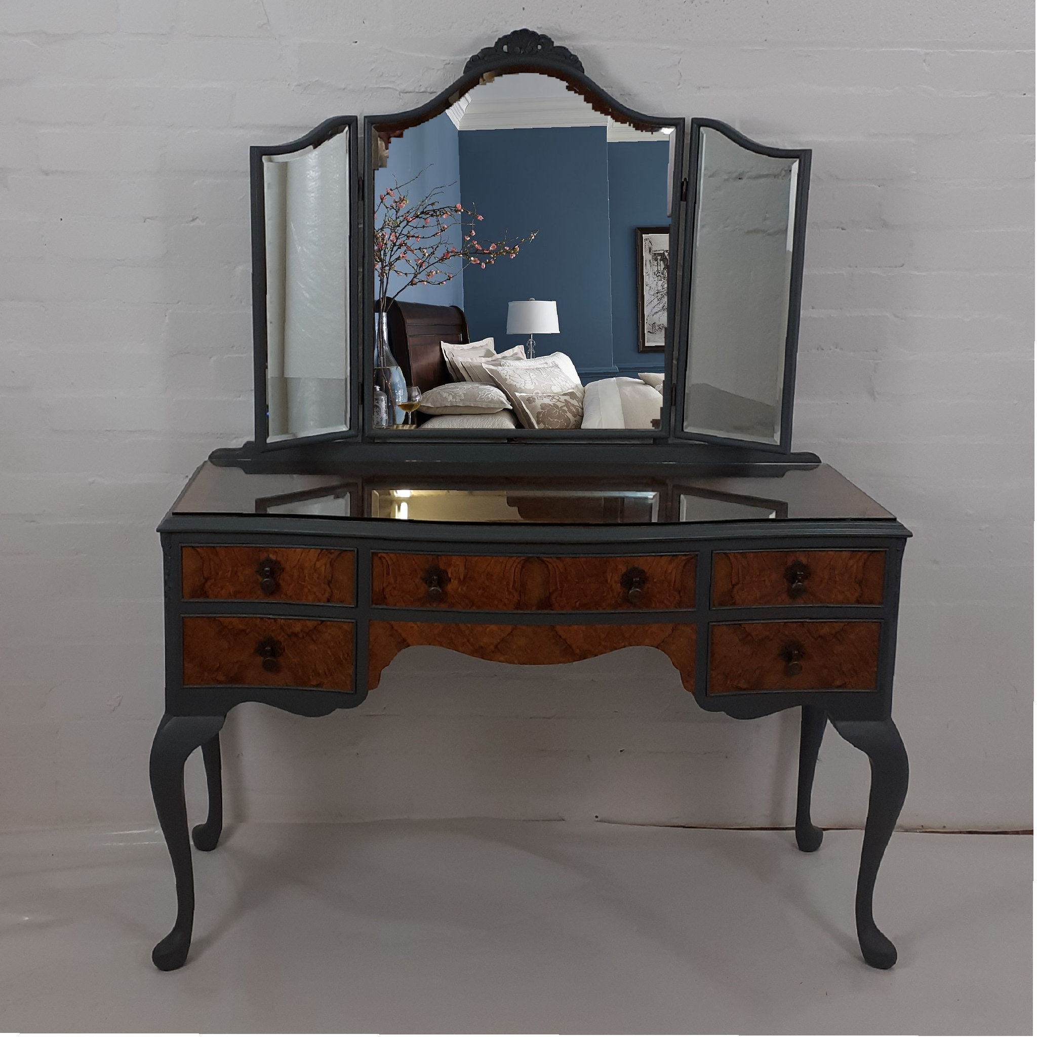 The House of Upcycling: Copper & Ash Refinished Vintage Dressing Table