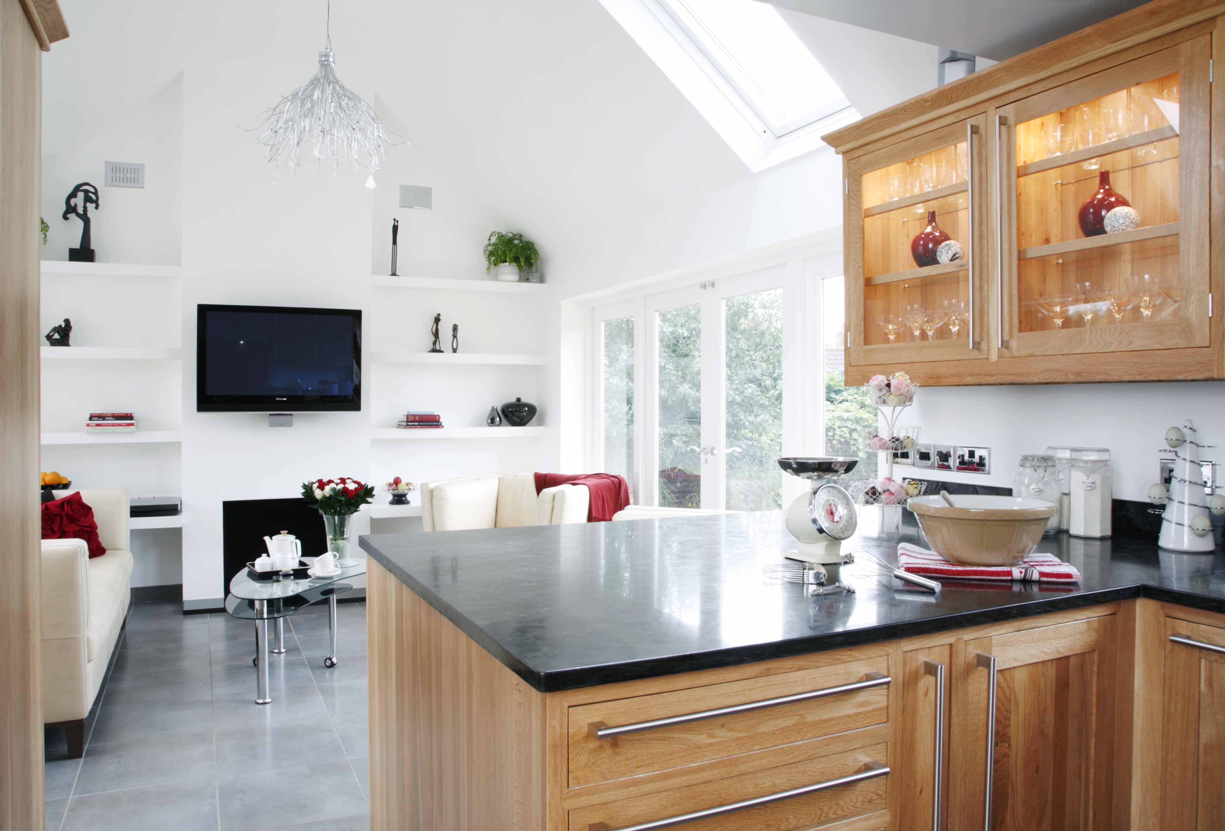 Family Garden Room & Kitchen | British Institute of ...