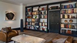 Ariadne Gallery Bookcase